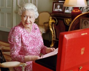 Queen with despatch box